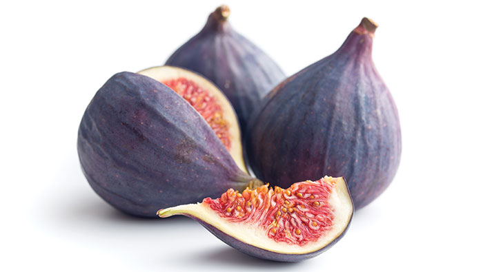 Figs, one is sliced